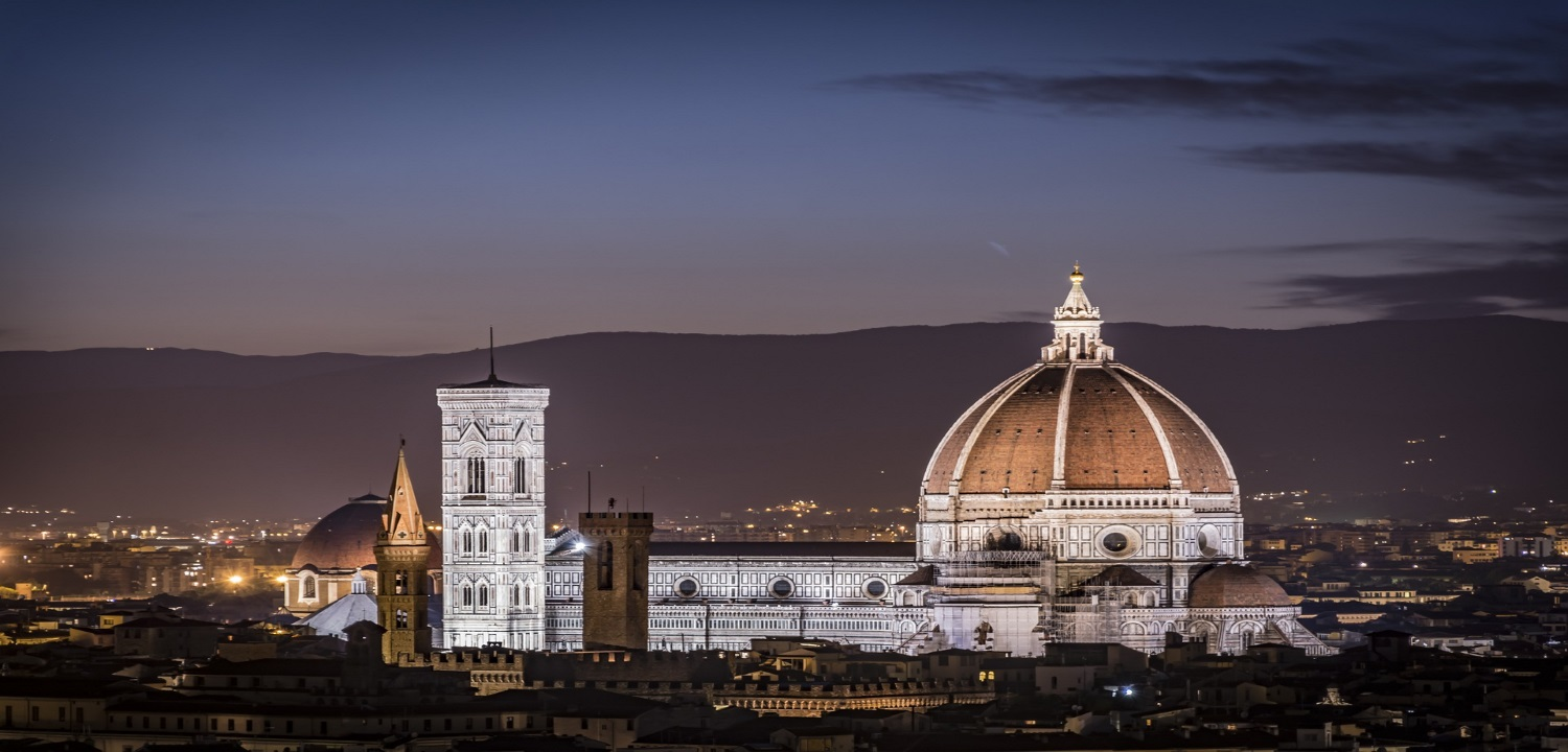 Italy - Florence at Night - Expats Italy